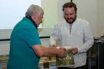 Výstava a dvě nové publikace připomínají 30 let vývoje NP Šumava